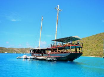 The Willy T floating restaurant and bar was a world renowned attraction. Photo: RumShopRyan
